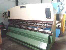 Promecam 100T x 3000mm with nc back stop