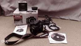 DSLR Canon 100D and 50mm lens