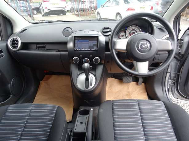 Mazda Demio silver colour 2010 model excellent condition Kilimani - image 3