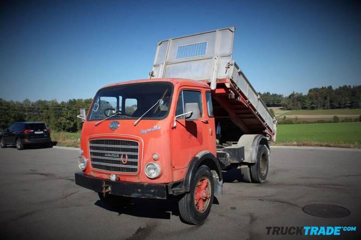 OM ANDERE  Tigrotto M3 4x4 dump truck - 1965