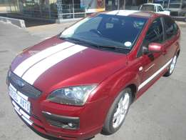 2006 Ford Focus 1.6 5-Door Si For R90,000