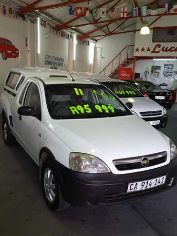 2011 Chevrolet Corsa Utility 1.4 with Canopy Goodwood - image 3