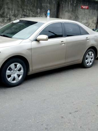 Toyota Camry 2009 for sale Surulere - image 4
