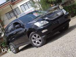 Toyota Harrier leather interior 2010 model black colour very clean