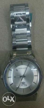 Seiko 5 gents watches in gold and silver bracelet,at 4500ksh. Nairobi CBD - image 5