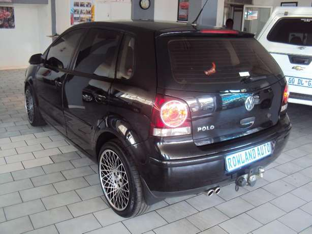 2009 VW Polo 1.4 Trendline for sell R80000 Bruma - image 5
