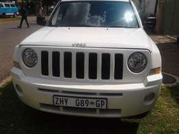 2010 Jeep patriot Limited 2,4