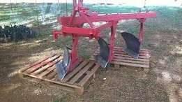 3 furrow mouldboard beam plough for sale