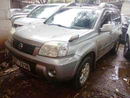 2006,Nissan Xtrail very clean,and accident free.