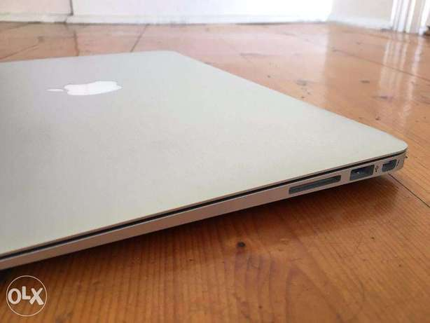 Apple Macbook Air Core i5 2gb ram 64gb ssd Lagos Mainland - image 7