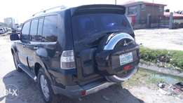 Mitsubishi pajero, first body, buy and drive, very clean, complete doc