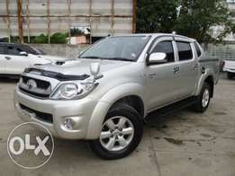 Toyota Hilux Double Cab Pick-Up 2011