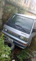 Mitsubishi L300 BUS Four By Four(4 * 4), 3 SEATER!!