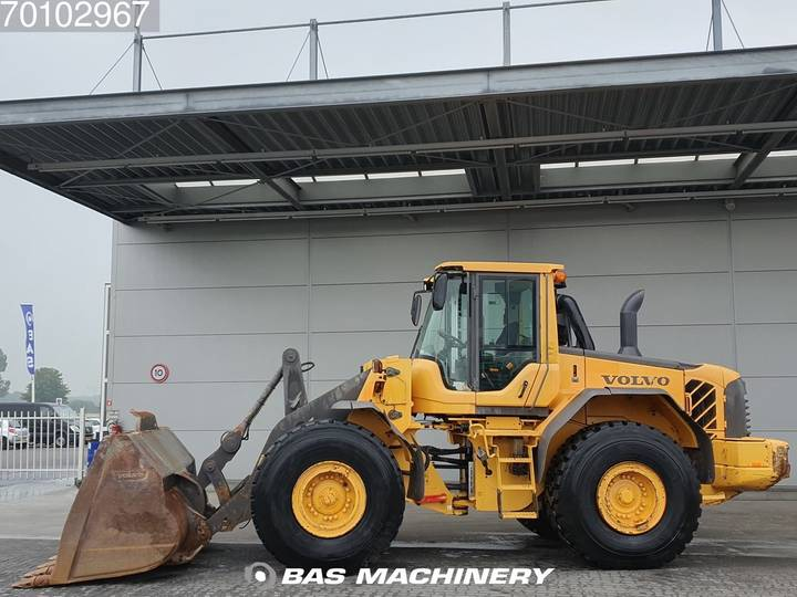 Volvo L120F Good condition - good tyres - 2012 - image 6