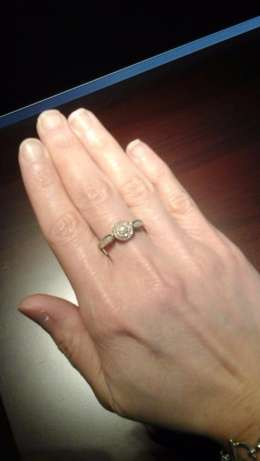 9ct yellow gold Cluster Diamond ring for sale Pretoria East - image 5