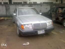 clean automatic Mercedes-Benz v boot for sale