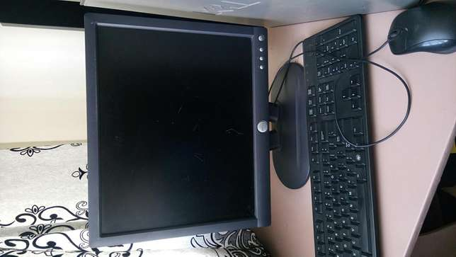 Computer sale.good condition.ideal for movie,home,games or office work Nairobi West - image 3