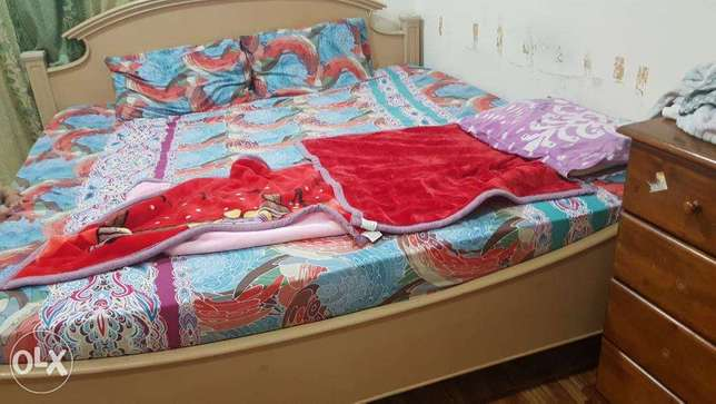 Double bed 200x200 with mattress
