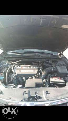Clean titled 2012 Honda Crosstour for sale.the best of it kind Surulere - image 2