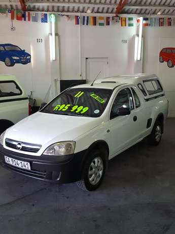 2011 Chevrolet Corsa Utility 1.4 with Canopy Goodwood - image 2