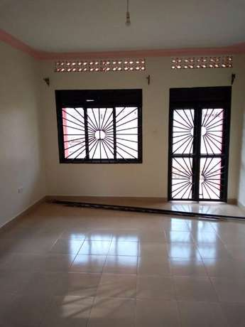 Well fenced House for Rent Kampala - image 2