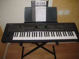 sound engine with 870 tones E09 KEYBOARD