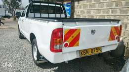 Toyota Hilux Single cab 2010 white