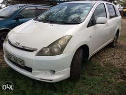 Toyota Wish:tip top condtion