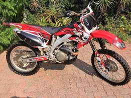 HONDA CR 450R Motorcross / enduro in Great Condition