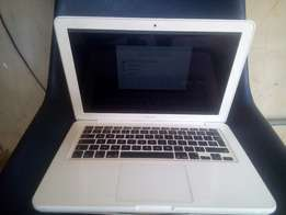 Apple Macbook 2009 13inch