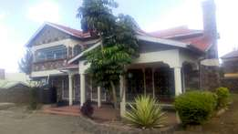 For quick sale 5bedroomed house with an Sq in Kiamunyi Baraka Estate