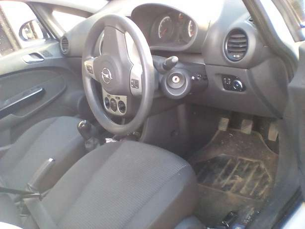 Opel Corsa 1.4 manual Vereeniging - image 7