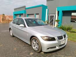 Call Haroon on 2006 BMW 323i E90 Exclusive Pack