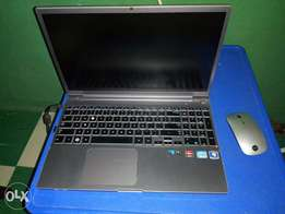 Samsung core i7 stainless laptop