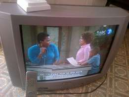 Tv for sale 54 cm Sansui TV with remote bargain call me in Bloemfontei