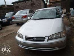 Clean Toyota Camry 2000 silver