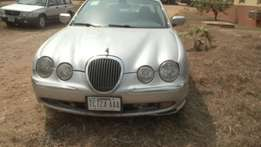 Jaguar S type 2001 model