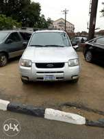 Ford escape with reverse camera,just buy and drive for sale