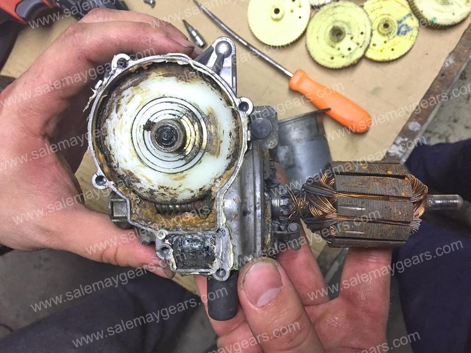Ремонт моторчика вентилятора радиатора круз