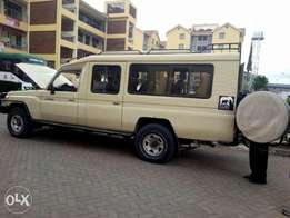Toyota Landcruiser tour 2011 on sale​