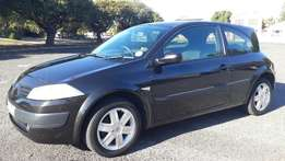 2005 Renault Megane shake it with low km