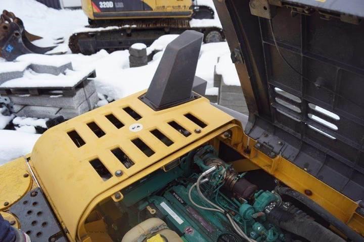 Volvo Ec180dl - 2012 - image 7