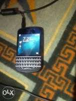 A very clean nd neatly UK used blackberry Q10
