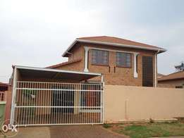 Perfect home for a growing family - Lenasia South Ext 1