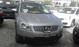 2009 Nissan dualis with Moon roof