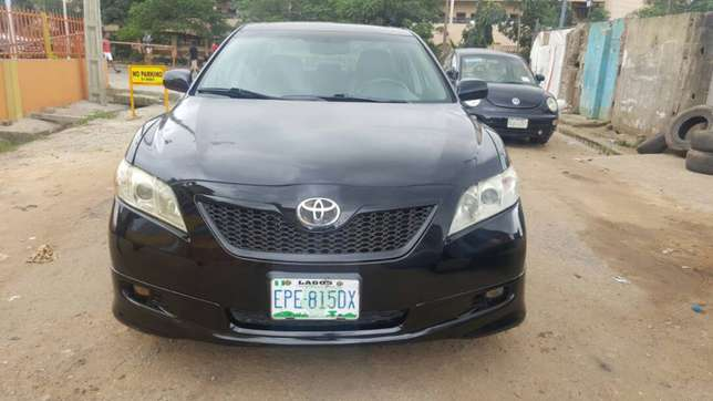 Toyota Camry Sport Edition 2007. Well maintained Ikeja - image 1