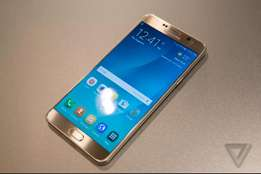 Gold samsung NOTE 5