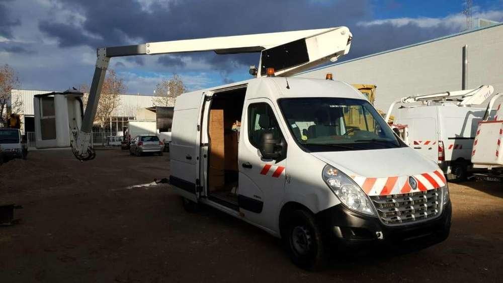Versalift Et32 Renault Master 11,6 Mts Boom Lift Van - 2011