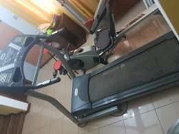Home use power treadmil