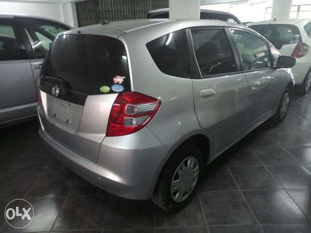 2011 model Honda Fit Silver, white n black all KCP number Mombasa Island - image 1